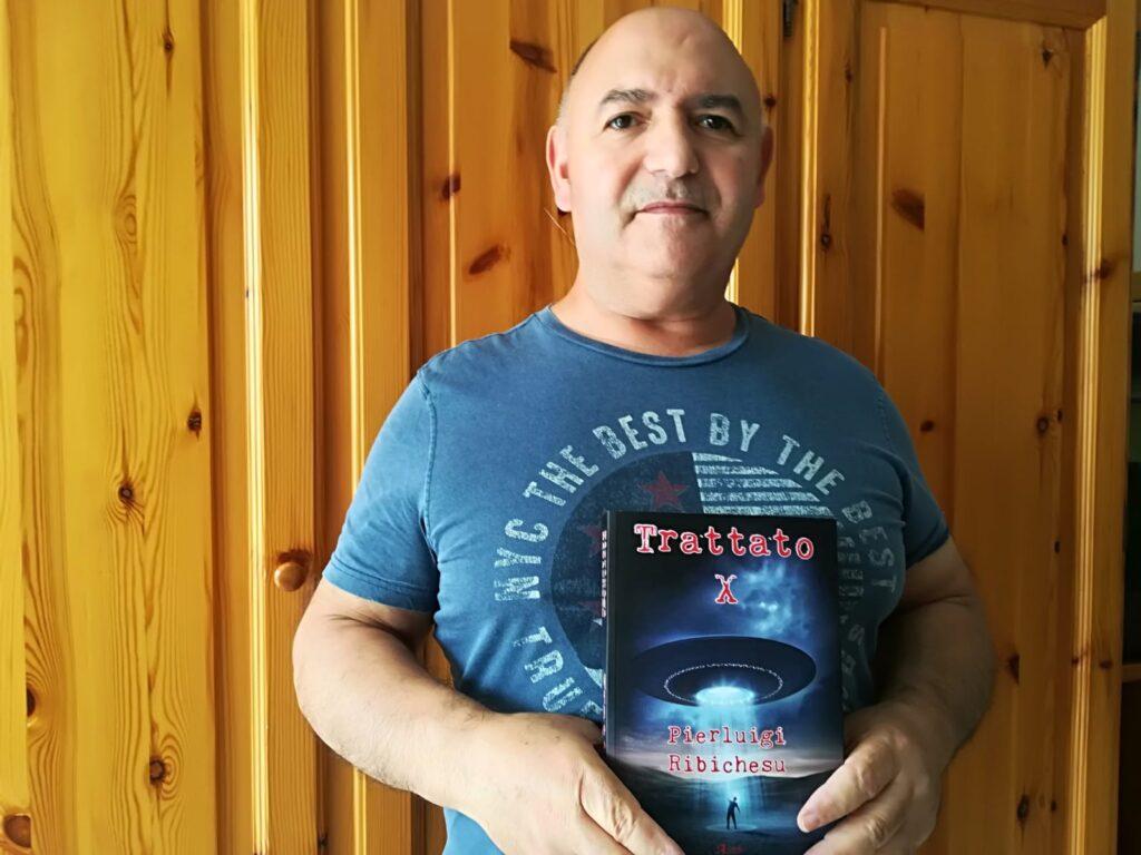 Pierluigi Ribichesu ed il suo libro