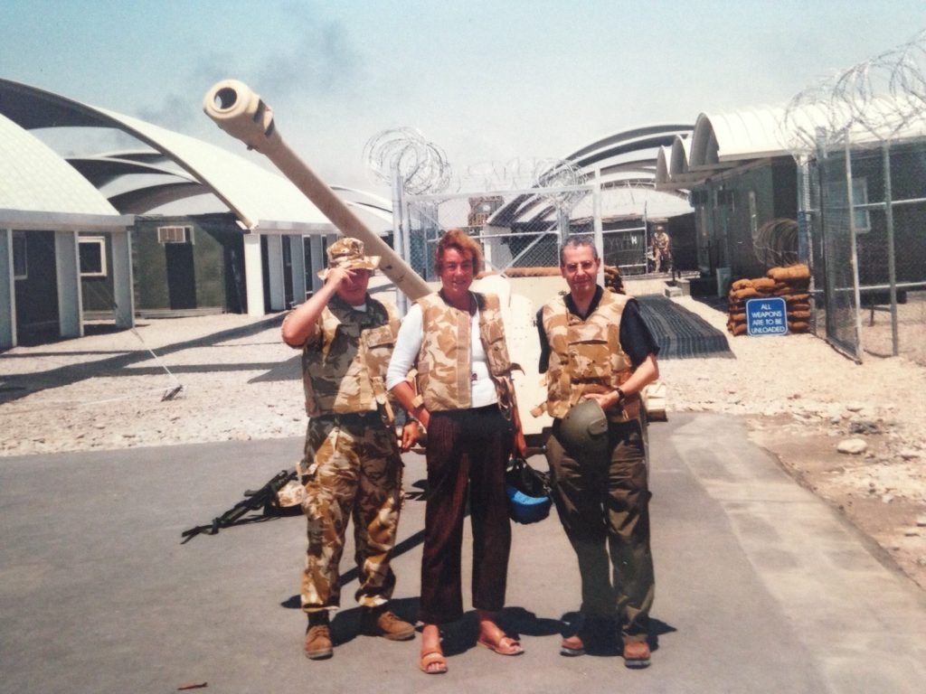 Foto di Nick Pope. Nick Pope in Iraq 2003.